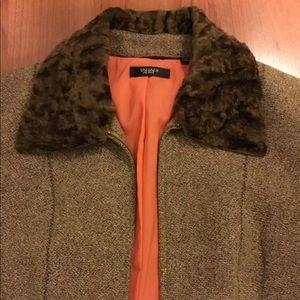 TAHARI Jacket skirt suit